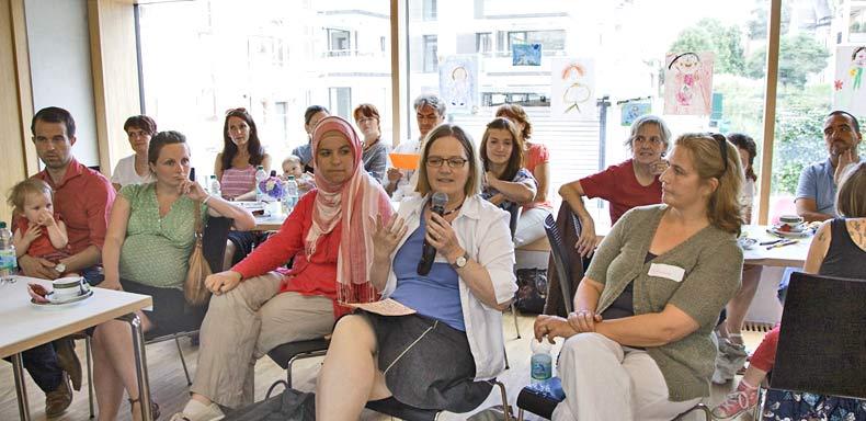 Die Erzählcafé-Aktion am 27. Juli 2015 im Gemeindehaus der Evangelischen Stadtkirchengemeinde Offenburg